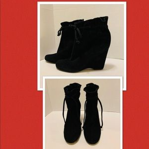 Kate Spade Black Suede Booties Boots Size 8.5